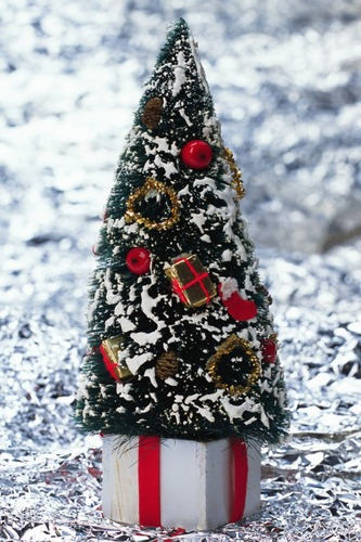 Christmas-Wallpapers-for-iPhone-4-07