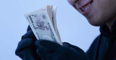【悲報】「ロト6の当選番号を教えるので情報料が必要だ」と電話 100万円振り込ませる。詐欺容疑で3人逮捕、被害1億3000万円超か