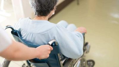 【悲報】75歳以上、医療窓口負担2割に…