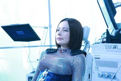 新婚ベッキー、映画でAI搭載した謎のアンドロイド役に挑戦wwwwwwwwwww