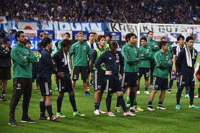 【悲報】吹田??????初のサッカー日本代表戦でサポーターが規則違反wwww 21時以降に太鼓を叩きまくるの画像