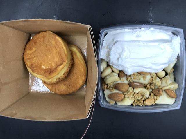 パンケーキキャラメルバナナ3