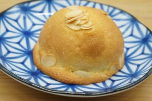 ぼうしパン1