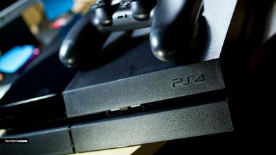 【ゲーム】「PS4の半数はゴキブリの巣になっている」とゲーム機の修理業者が衝撃告白