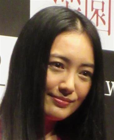 仲間由紀恵、野際さんと「TRICK」で母娘役 「悲しい気持ちで胸がいっぱい」