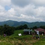 陣馬山から醍醐丸〜連行峰〜生藤山を望む