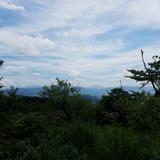 大麻山展望台から四国山地の剣山〜三嶺方面を望む