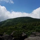 梵天岩から西吾妻山を望む