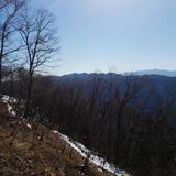 浅間嶺から連行峰〜茅丸〜生藤山を望む