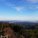 日の出山から青梅市街〜東京都心方面を望む