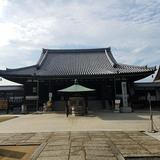 金倉寺 本堂(四国霊場76番札所)