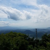 大麻山展望台から観音寺市街〜雲辺寺山〜燧灘方面を望む