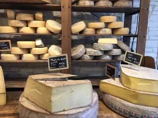 cheese-2205913_640-min