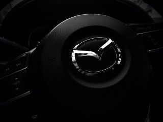 steering-wheel-1901050_640 (1)-min