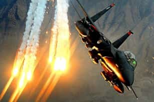 military-jet-1160892_640-min