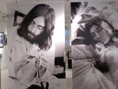 「ベッド・イン」写真展 (9)