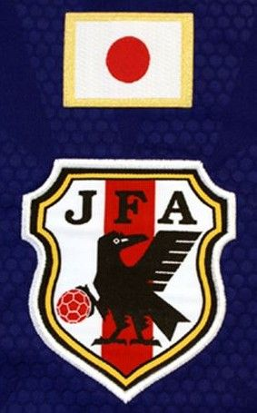 図1:サッカー日本代表のエンブレム(2017年現在)
