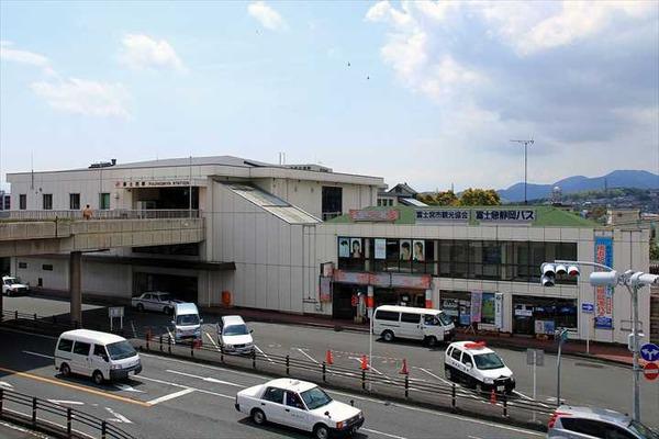 Fujinomiya_Station_North_Entrance_1_R
