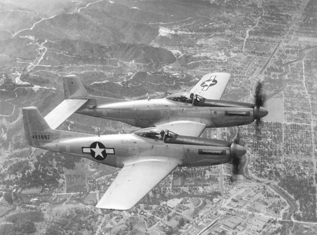 P-82_Twin_Mustang