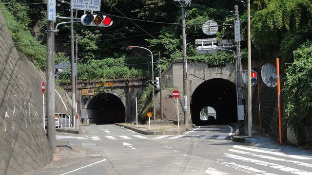 1280px-Kotsubo_Tunnel_Tx-re