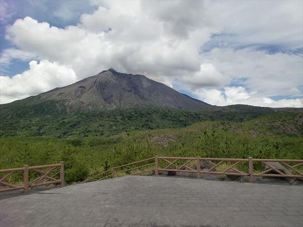 Sakurajima_from_Arimura_Lava_View_place_R