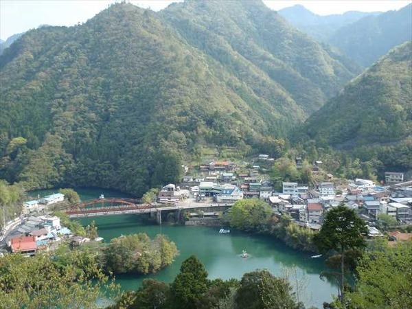 Totsukawa_spa_town_2011_R