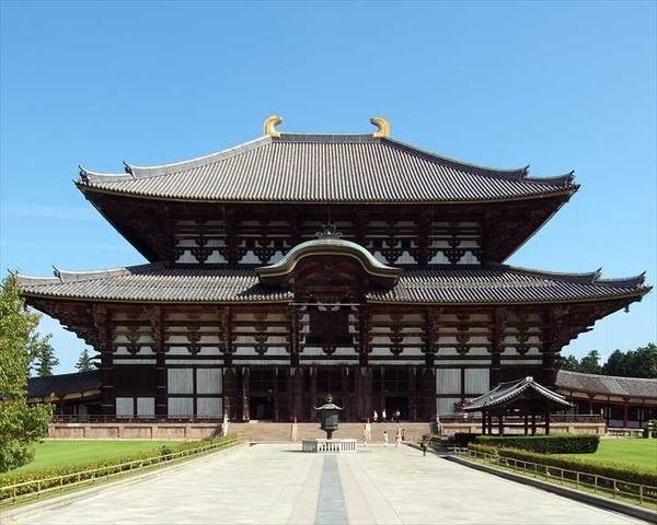 Tōdai-ji_Kon-dō_R