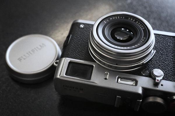 camera-2314907_960_720-compressor