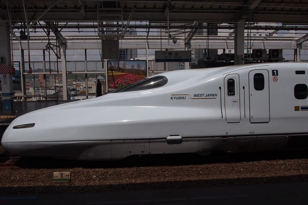 shinkansen-468035_960_720_R
