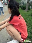 【中国】あまりに若いカップルがデート中にけしからん行為をしている画像