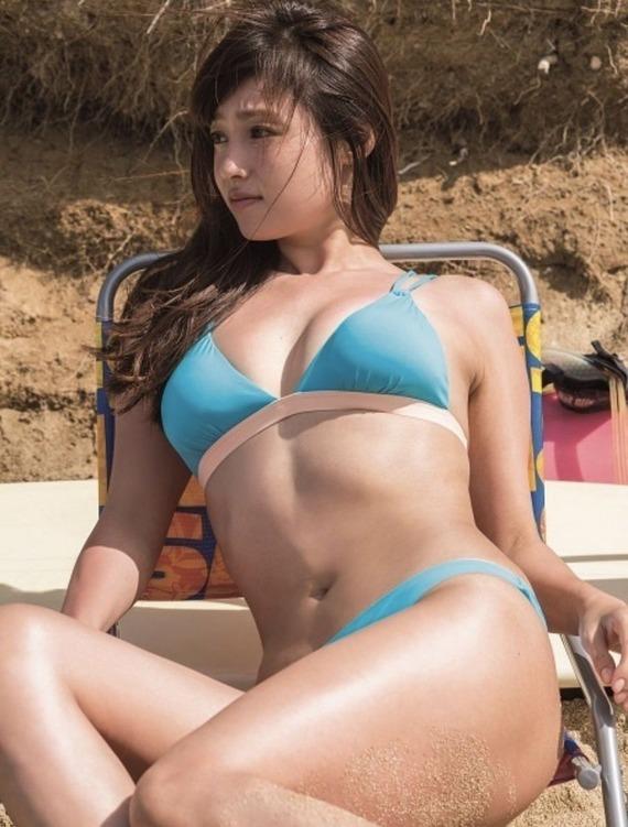 【画像】深田恭子とかいう奇跡のエロムチボディ