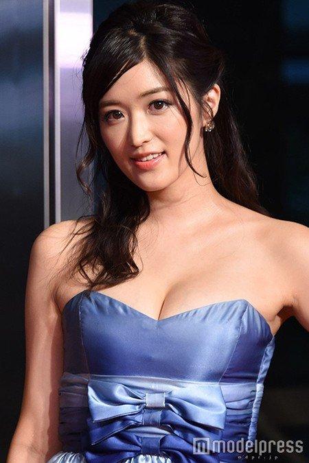 """【グラビア】""""Gカップ才女""""葉加瀬マイ、グラビア卒業を発表「やりきった」"""