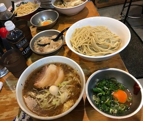 【画像】AV女優・桃乃木かな、ジムで走った後、野猿二郎でシークァーサーつけ麺を食べる 表紙