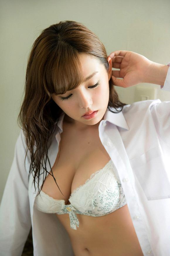 shinozaki_ai-160317-071