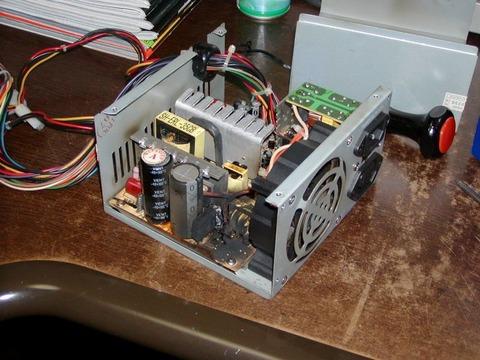 パソコン 電源