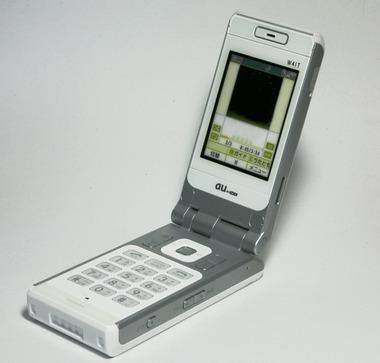auのHDD付き携帯