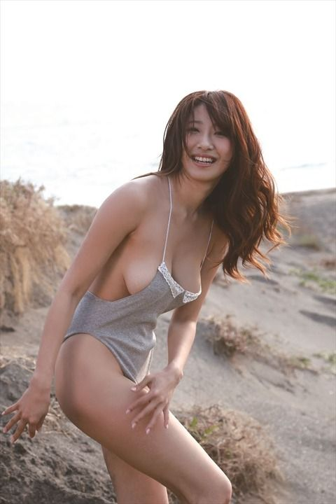 170センチ超えの美人グラビアアイドル・染谷有香さん