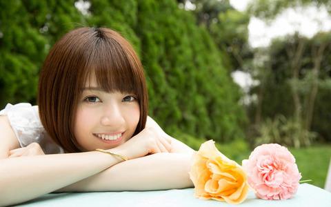 01172560_AKB48_60