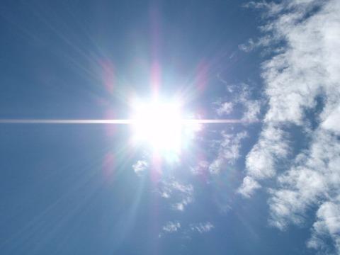 1107_まぶしい太陽