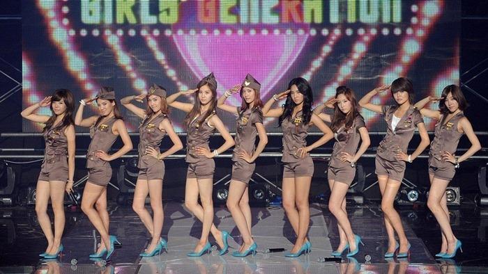 girls (2)