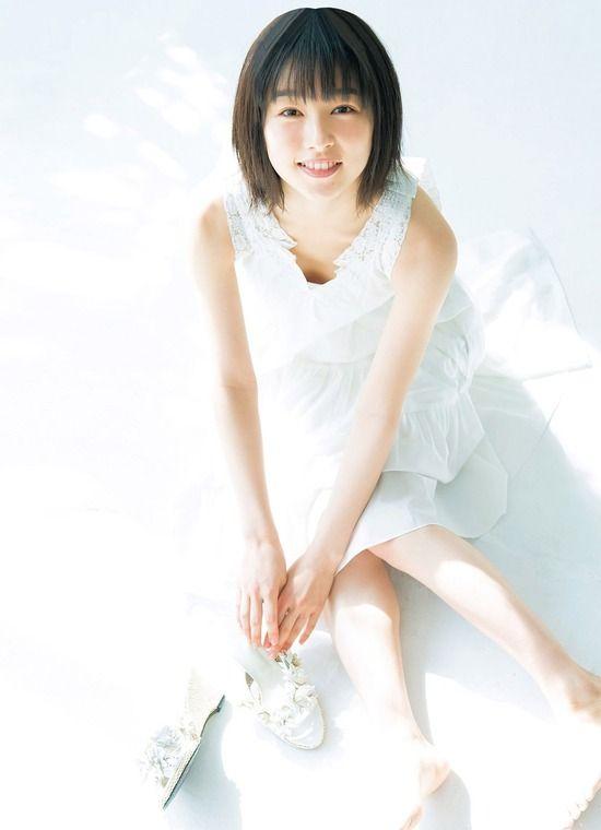 【桜井日奈子】桜井日奈子(21)透明感が半端ないグラビアを披露!!!!【エロ画像】
