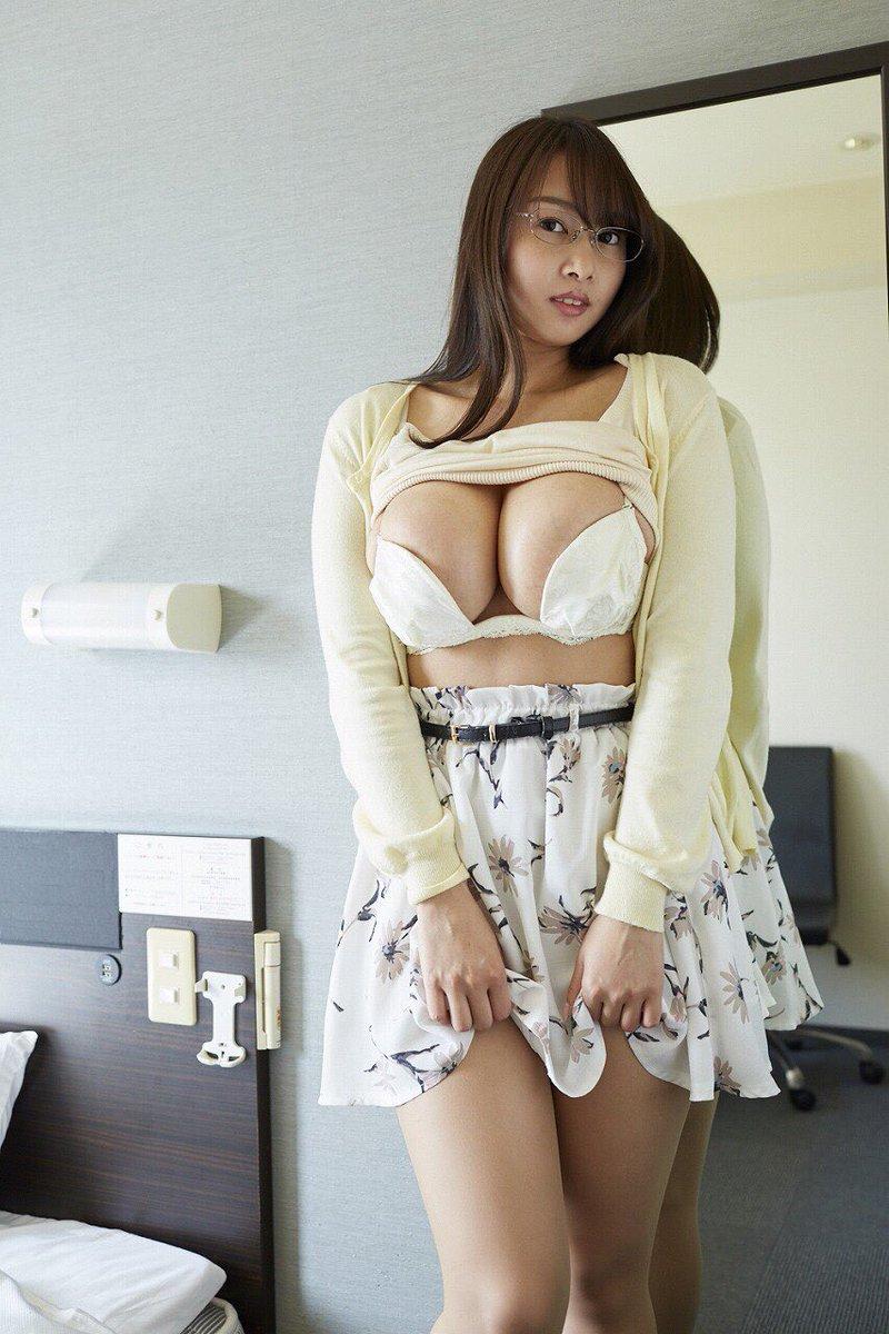 高梨れい(25)Hカップのダイナマイトボディがけしからんww【エロ画像】
