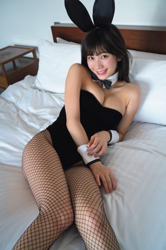 小倉優香(19)うさみみガールコスした最新グラビアがぐうシコwwww(えろ写真)
