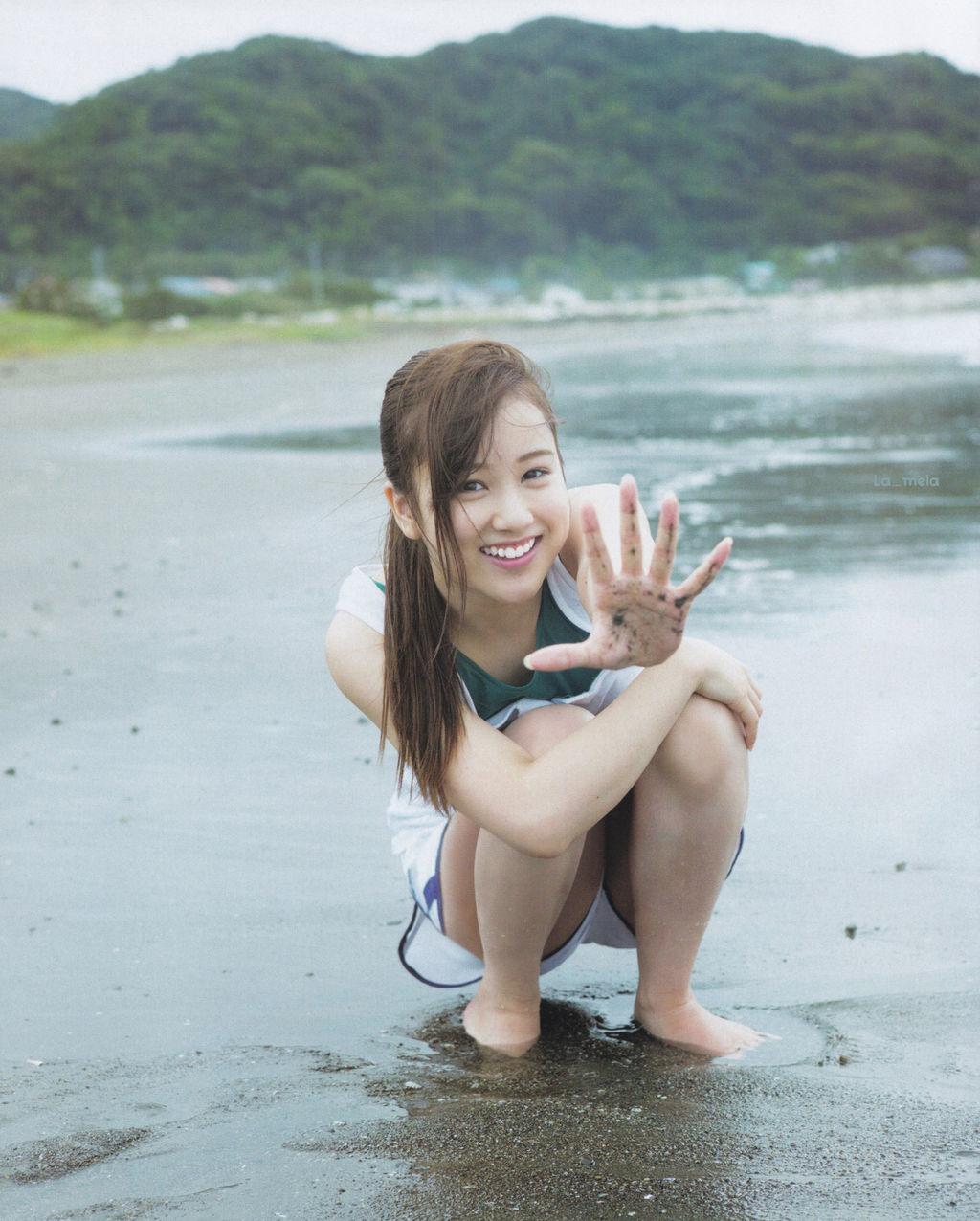 星野みなみ(20)初写真集に期待がかかる乃木坂46の娘ww【エロ画像】