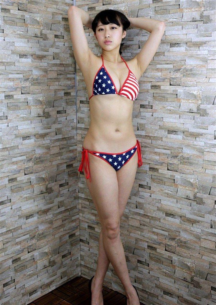 木村涼香(19)元新体操選手というだけあって身体抜群でグラビアがエろい★★《エロ画像》