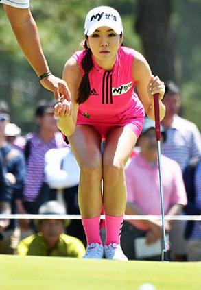 アン・シネ(26)着衣美巨乳の整形モデルの韓国ゴルファーがえろいwwww(えろ写真)