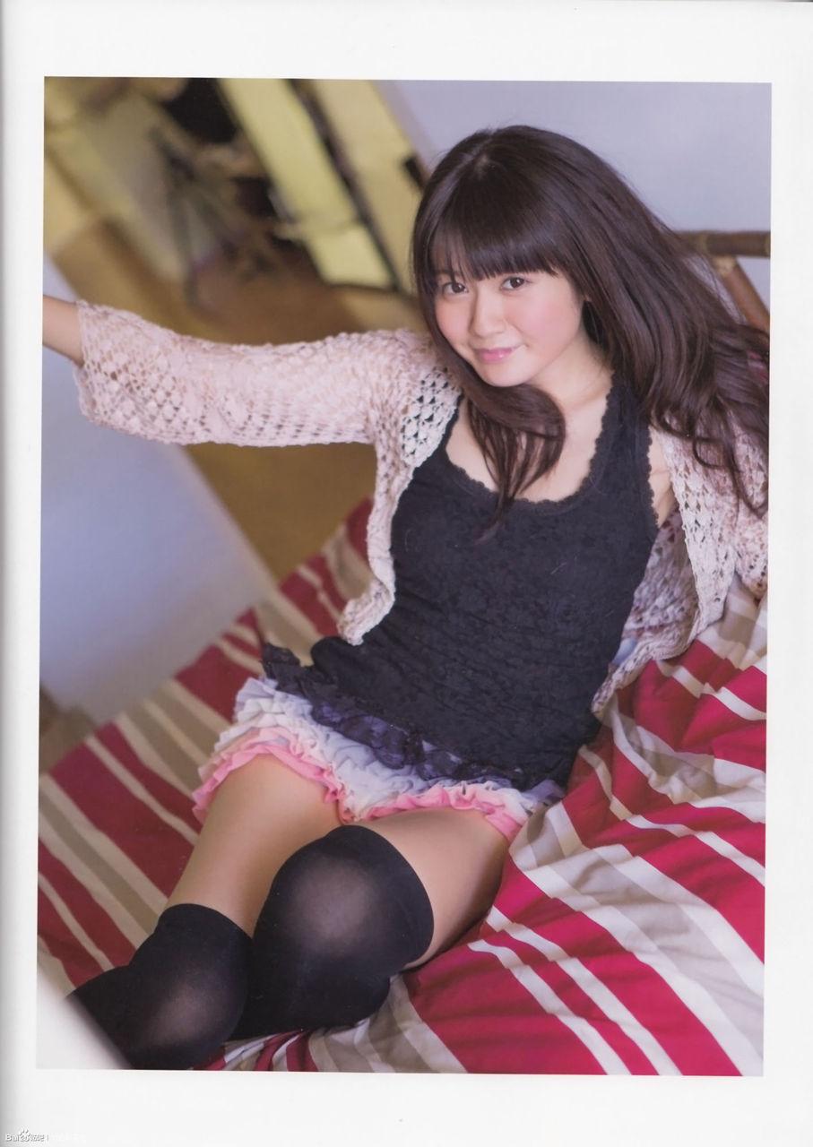 竹達彩奈(27)胸チラ谷間にニーハイ太ももがぐうシコな有名人顔負けのオナネタグラビア!!!!!!《エロ画像》