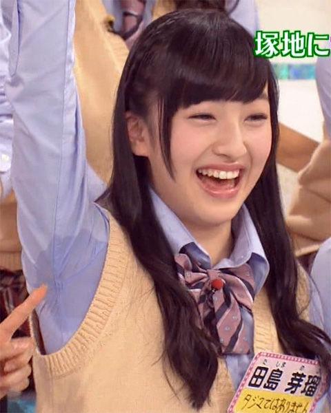 この可愛いHKT48メンバーのグッチョリ濡れた腋汗がヤバイwww「興奮した」「ビショビショ」