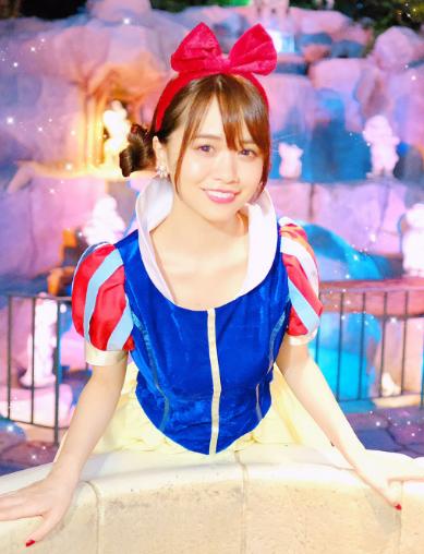 菅本裕子(23)白雪姫コスを披露するもイメクラ嬢にしか見えないww【エロ画像】 表紙