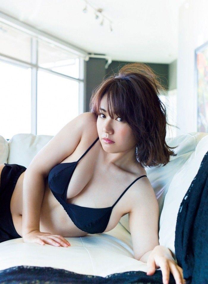 磯山さやか(33)熟女感漂うムッチリFカップボディが抜けるww【エロ画像】